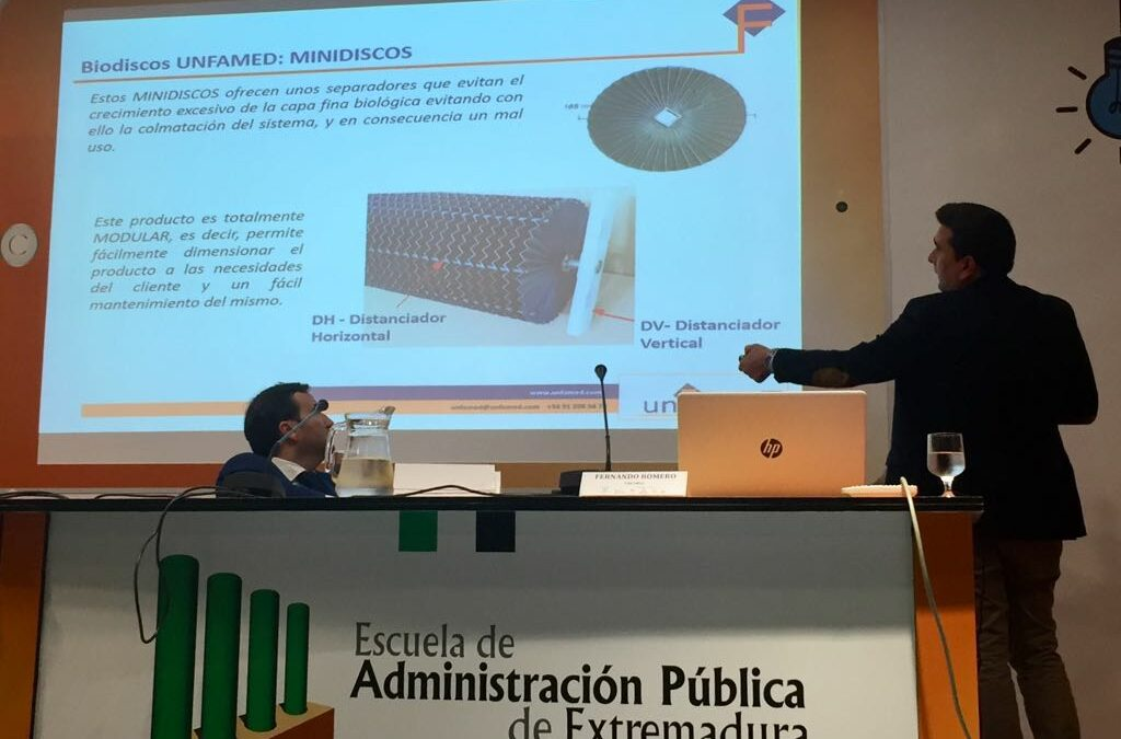 """UNFAMED FABRICANTES AGUA expone su tecnología de Biodiscos en el encuentro sobre """"Tratamiento de las aguas residuales en las pequeñas aglomeraciones urbanas de Extremadura""""."""